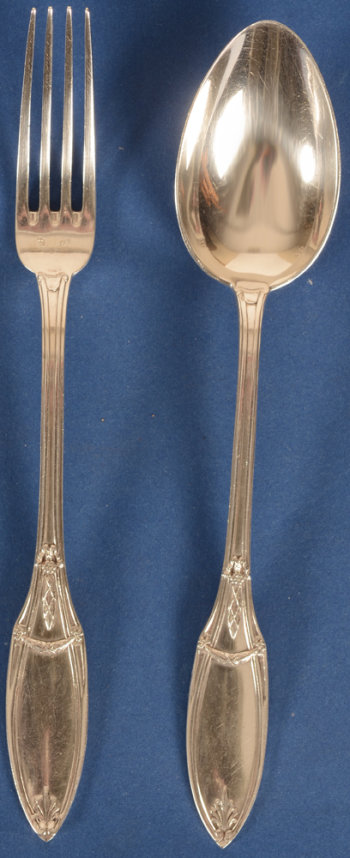 Delheid Frères 12 silver entree forks and 12 spoons model 28