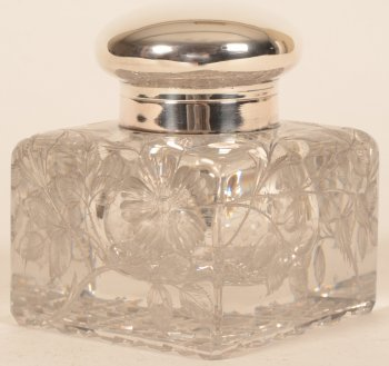 Wolfers Freres crystal inkwell